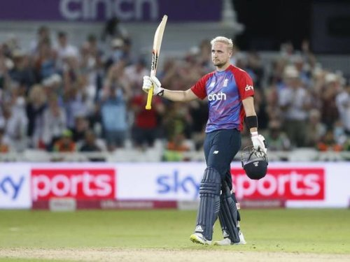 England's Livingstone fires Phoenix into Hundred final