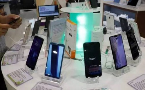 India's smartphone market records highest shipments ever in the first half of 2021