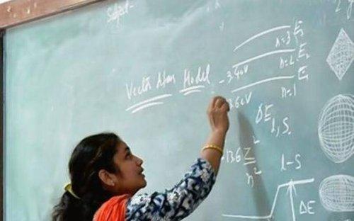 Kerala to train college teachers in techno-pedagogy