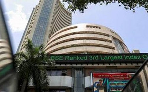Bank stocks rise on RBI move, industry welcomes measures