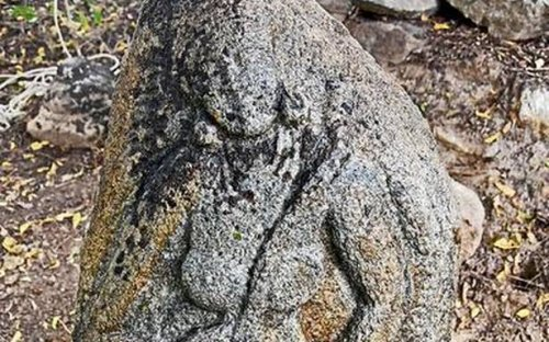 Two female figurines unearthed at Anjur village in Kodumudi