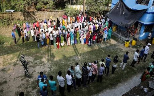 Election watch from across the Bengal border