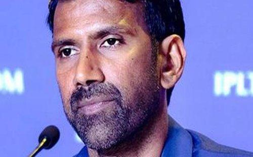 IPL 2021 | Chennai Super Kings airlifts Balaji and Hussey