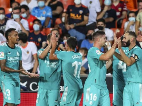 Real Madrid stages late comeback to win 2-1 at Valencia