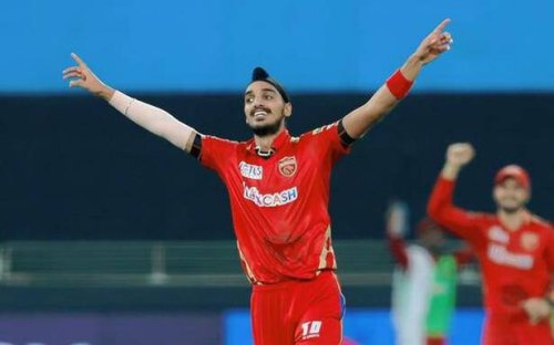 Arshdeep strikes as Royals lose their way after blistering start