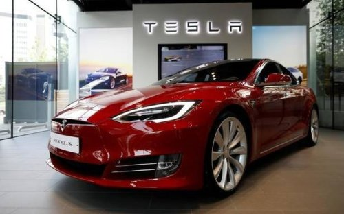 Tesla agrees to pay $1.5 mln to settle claims over battery voltage reduction