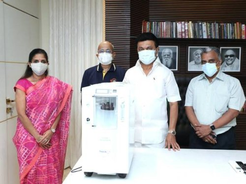 Chennai Super Kings procures 450 oxygen concentrators for COVID-19 patients