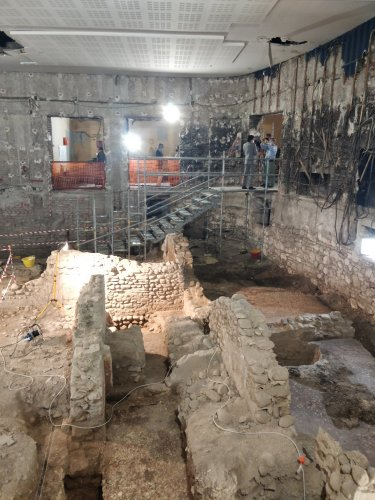 The History Blog  » Blog Archive   » Roman hotel found under old movie theater in Verona