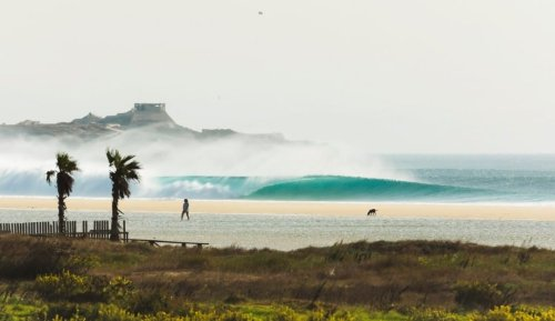 Best Camera Lenses for Surf Photography | The Inertia