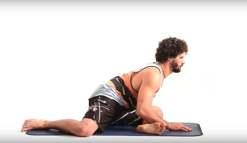 Incorporate This Stretching Routine Into Day-to-Day Life to Keep Your Whole Lower Body Fresh Between Surf Sessions | The Inertia