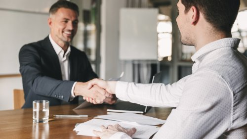 40 top job interview questions (and how to answer them)