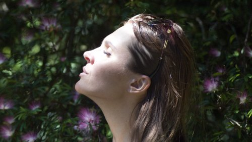 How to focus on the present moment and calm your fears