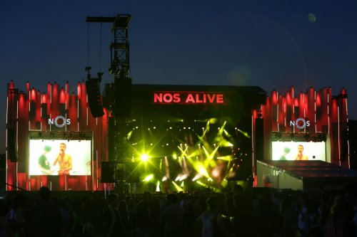 Phoebe Bridgers, Caribou and Metallica among first names for NOS Alive 2022
