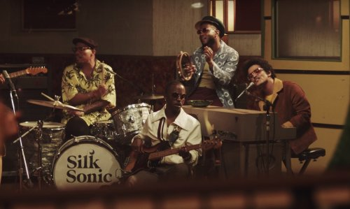 It looks like Anderson .Paak and Bruno Mars are teasing a new Silk Sonic release