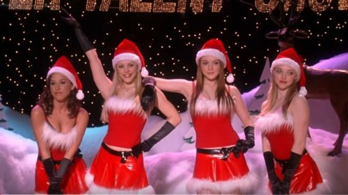 Things About Mean Girls You Only Notice As An Adult