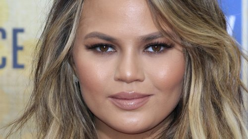 Chrissy Teigen's Latest Business Loss May Be The Most Surprising Yet