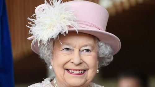 The Stunning Transformation Of Queen Elizabeth