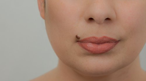 The Truth About Why Beauty Marks Are Considered Attractive