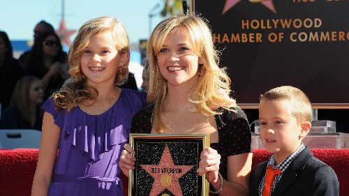Reese Witherspoon's Daughter Has Grown Up To Be Her Twin