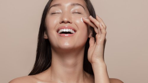 Here's How To Achieve The 'Glass Skin' Trend