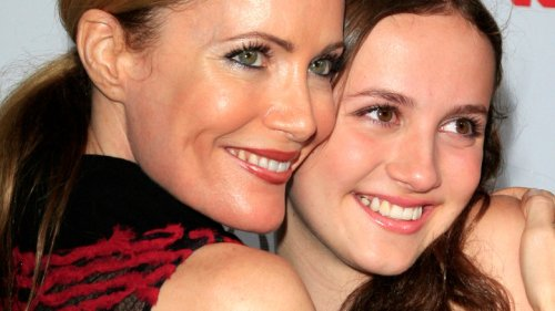 The One Beauty Tip Leslie Mann Passed On To Her Daughter Maude Apatow