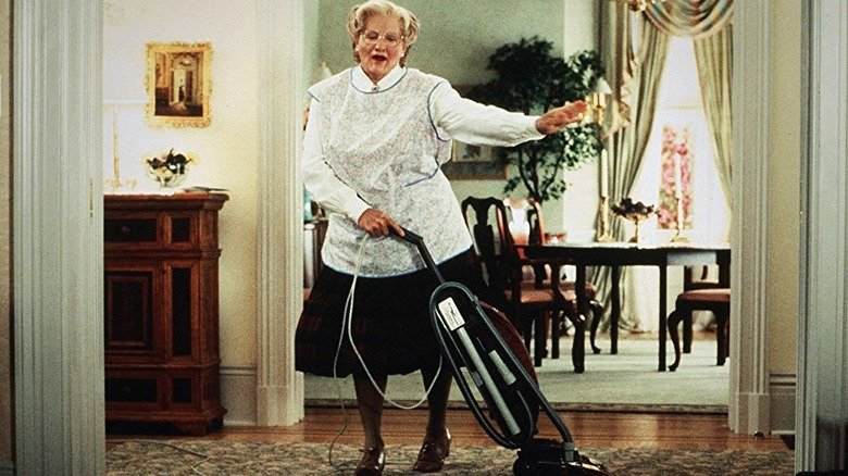 Mrs. Doubtfire: Things Only Adults Notice About The World's Coolest Nanny