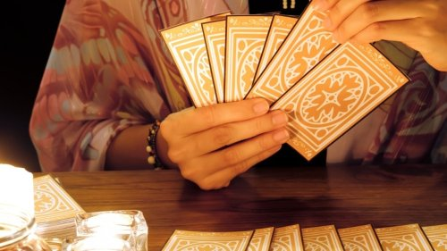 Read This Before You Use Tarot Cards