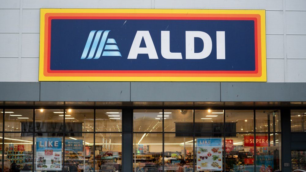 Don't Buy Your Produce at Aldi. Here's Why