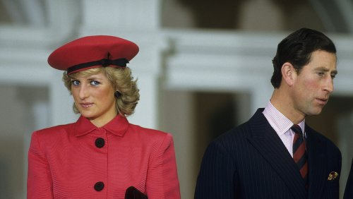 The Most Awkward Royal Kisses That Were Caught On Camera