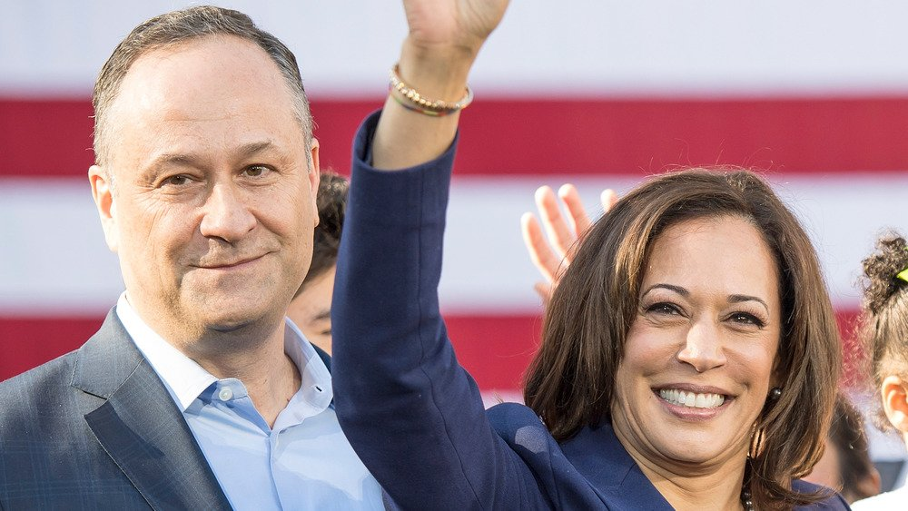 The Truth About Kamala Harris And Douglas Emhoff's Marriage