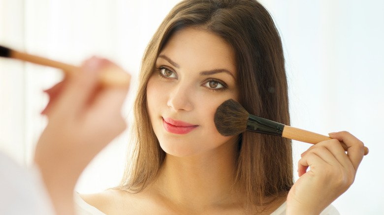 Makeup Trends In History: 7 Best And 7 Worst