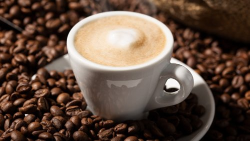 Here's Why You Should Think Twice Before Adding Collagen To Your Coffee