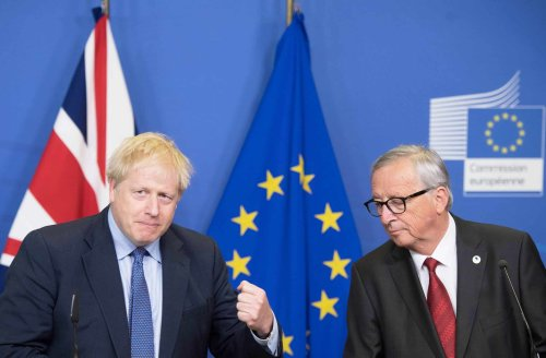 UK 'big supporters' of plan to charge non-EU travellers to enter Europe