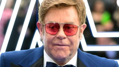 Elton John requests meeting with PM over post-Brexit touring rules