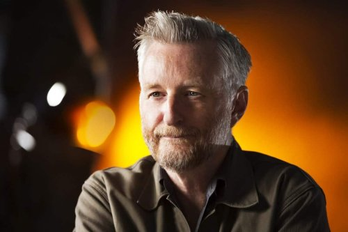 Billy Bragg has the best come back after being asked why he's wearing a face mask