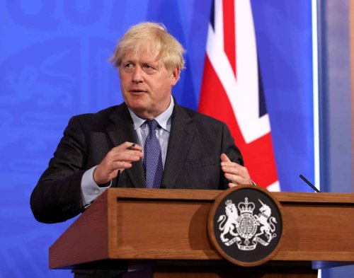 'This isn't even real words': Reaction to Johnson's bumbling press conference