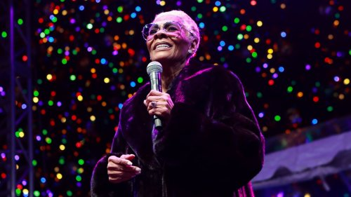 Woke Queen and Queer Ally Dionne Warwick Is Single-Handedly Saving 2020