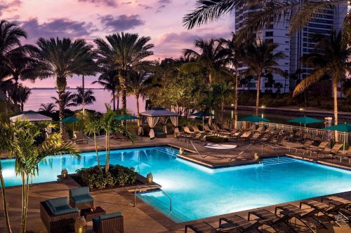 Sarasota Travel Guide: Where to Stay, What to Eat, and More | The Manual