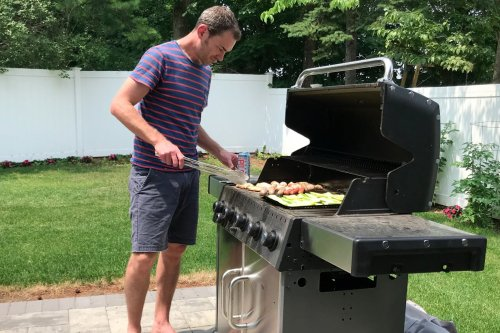11 Best Grilling Gifts for Dad This Father's Day 2021   The Manual