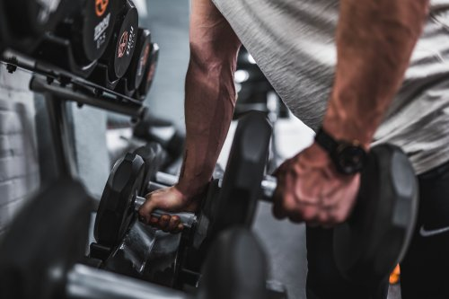 The 10 Best Dumbbells to Buy for Your Home Workouts 2021   The Manual