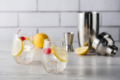 How to Make the Finest Tom Collins Cocktail | The Manual