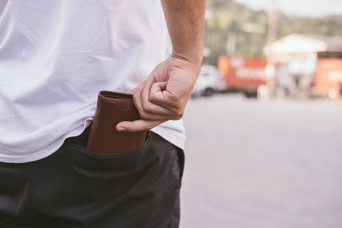 The 9 Best Wallets for Men in Spring 2021 | The Manual