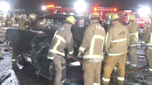 5 Patient Traffic Collision with Entrapment in Arleta (GRAPHIC)