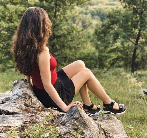 Tinna Angel Wiki: Bio, Boyfriend, Instagram, Net Worth, Contacts