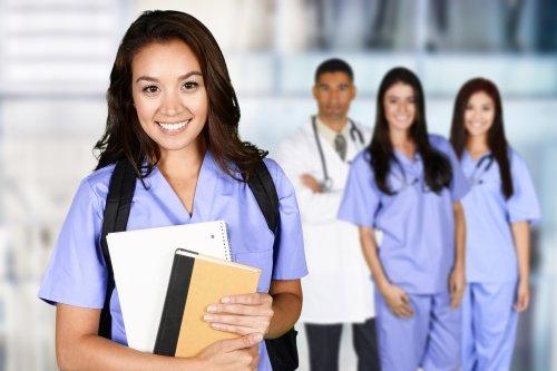 Reasons to Pursue a Nursing Career