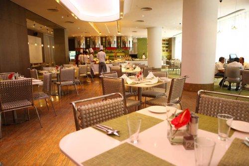 Chennai prefers fine dining, Bengaluru favours local restaurants post second wave