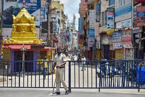 Karnataka govt advised by expert group to impose Section 144, not lockdown