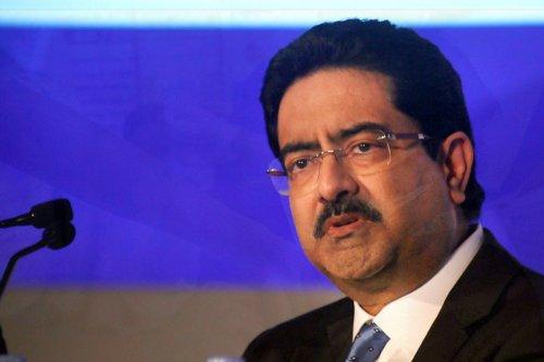 Kumar Mangalam Birla offers to hand over Vodafone Idea stake to government