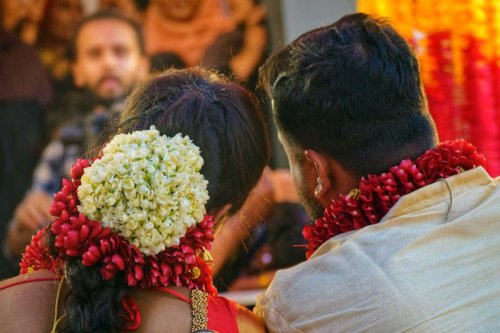It takes a village: The practice of community gifting in Kerala weddings