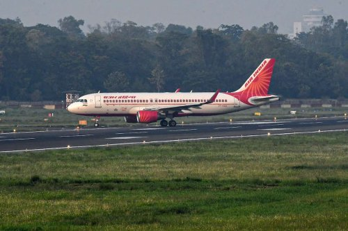Air India pilots threaten to 'stop work' if airline fails to start vaccination drive
